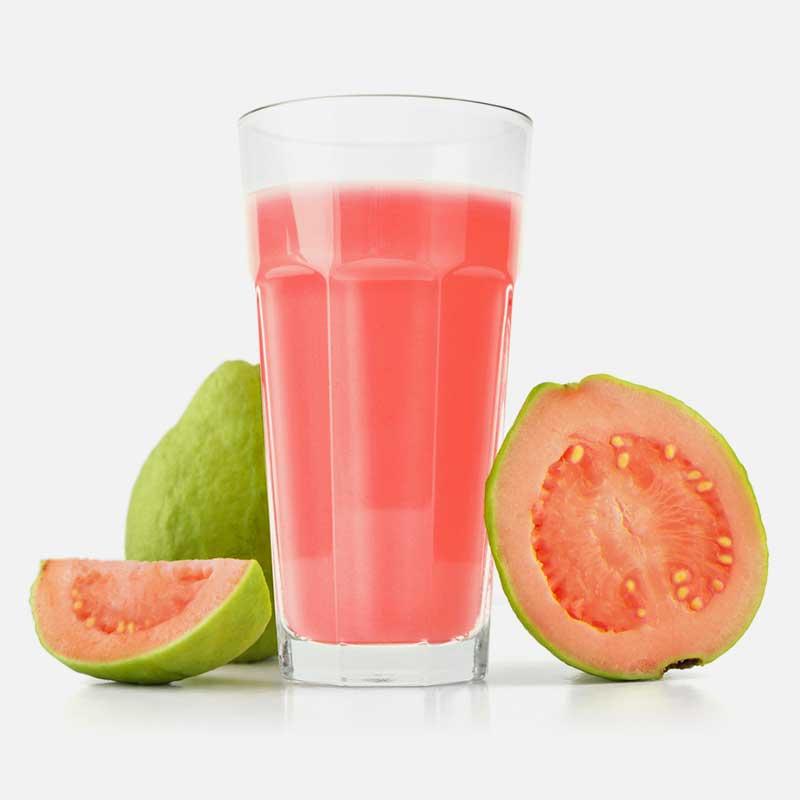 Guava Amrita Patra Psidium gujava svjež plod i sok u čaši